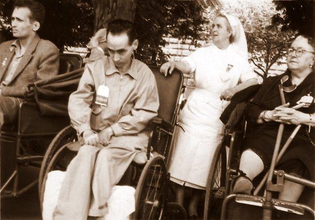 Beato Manuel Lozano Garrido de peregrinación en Lourdes
